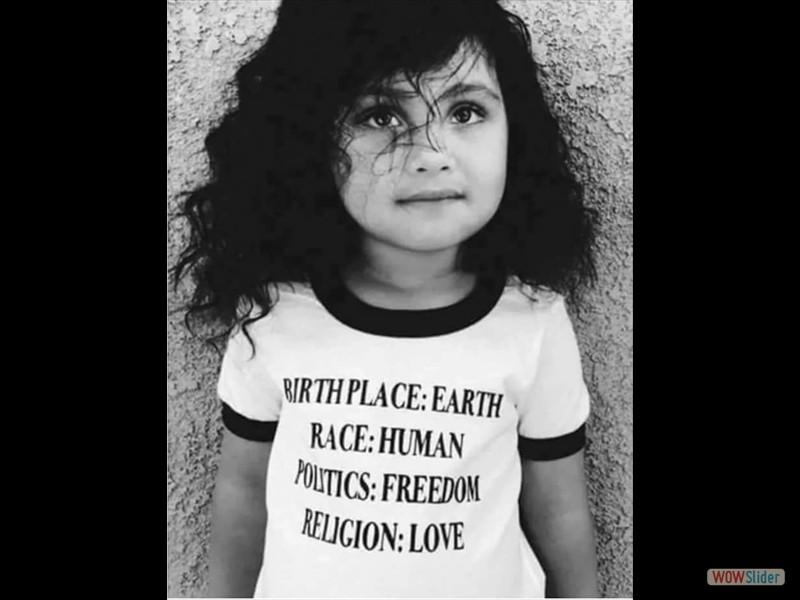 33 - kleines Mädchen Religion Liebe